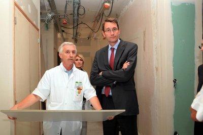 Christophe Jacquinet (à droite) lors d'une visite en Picardie en 2010 - Photo DR