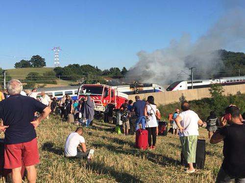 TGV en feu près de Lyon : la SNCF prévoit des remboursements jusqu'à 200%