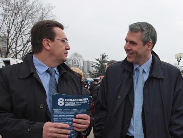 "Cochet et Meunier ont signé un texte ""homophobe"" selon les associations gay"