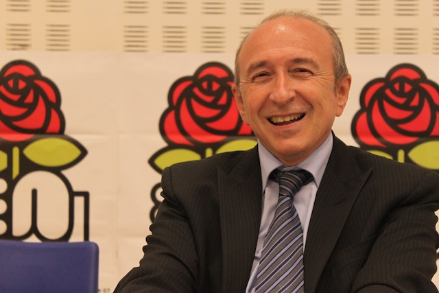 Gérard Collomb plaide pour conserver le cumul des mandats