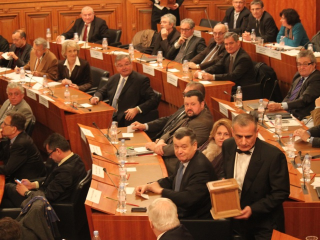 Le Conseil général du Rhône a élu lundi matin sa nouvelle présidente - LyonMag.com