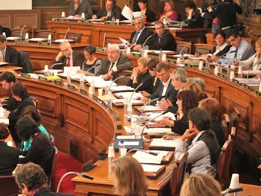 Baisse des indemnités des élus dans le Rhône