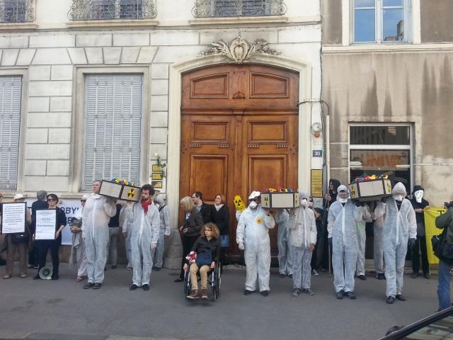 Lyon : 50 manifestants pour les 28 ans de Tchernobyl