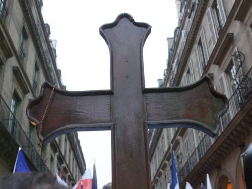 Près de 500 catholiques ont défilé pour le respect de la vie à Lyon