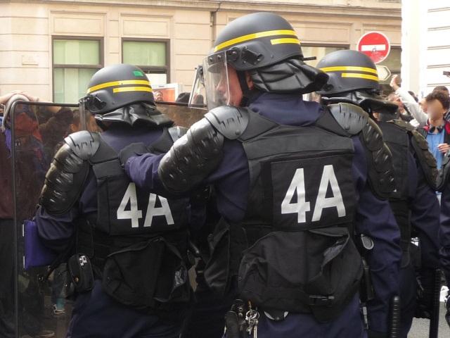 Débordements en marge d'OL-Montpellier : un supporter lyonnais blessé par la police ?
