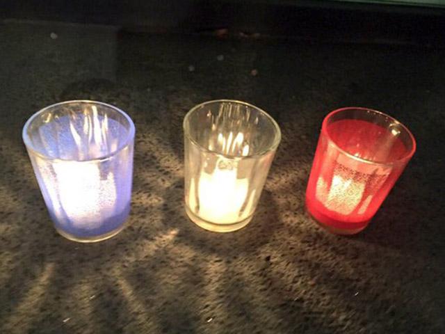 Attentats de Paris : les lumignons aux fenêtres de Lyon ce samedi soir pour rendre hommage aux victimes