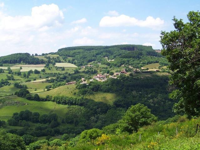 Bruno Le Maire donne son feu vert pour un projet de pôle d'excellence rurale dans le Haut-Beaujolais