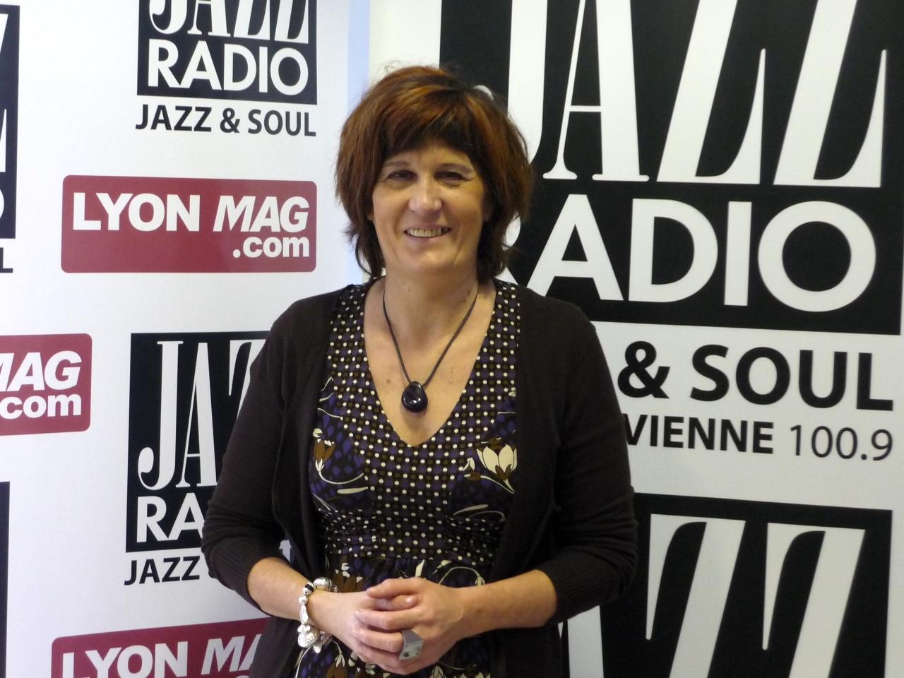 http://www.lyonmag.com/medias/images/danielle-lebail-front-de-gauche-ca-jazz-a-lyon.jpg