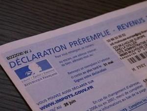 Déclaration d'impôts papier. Photo LyonMag.com