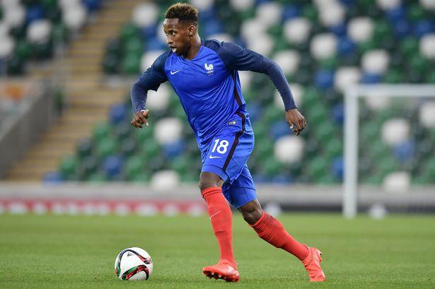 Moussa Dembélé (OL) buteur avec les Bleuets contre la Bulgarie
