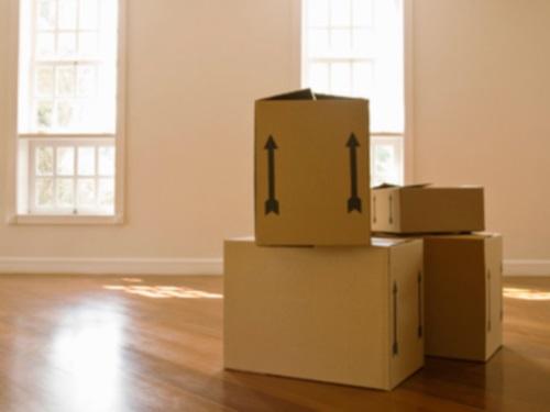 des bras en plus le d m nagement low cost arrive lyon. Black Bedroom Furniture Sets. Home Design Ideas