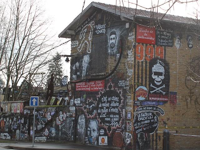 Astreintes impayées, querelles de voisinage : qui arrêtera Thierry Ehrmann ?