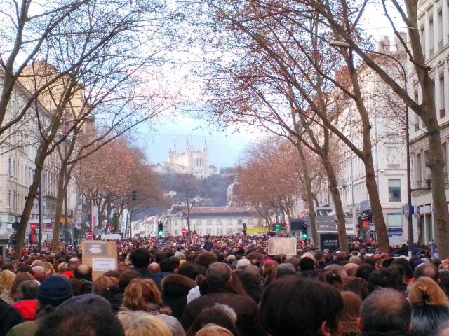 Attentats de Paris : une marche blanche annoncée à Lyon ce dimanche