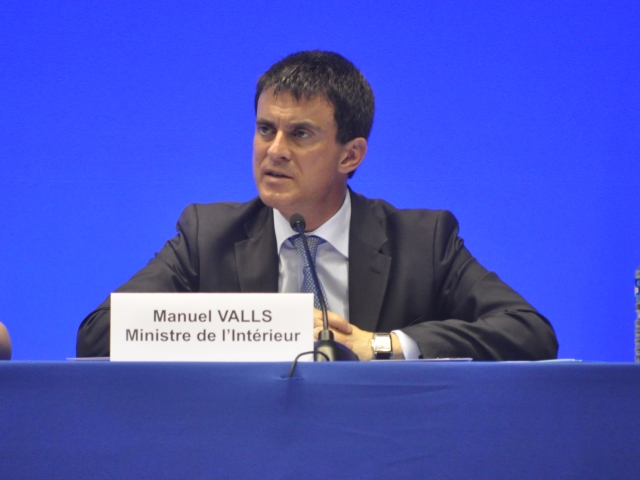 Faux attentats à Lyon : Manuel Valls épaté par la coordination des services du Rhône