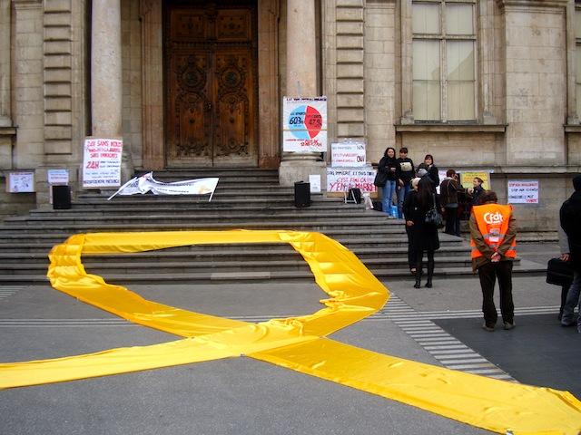 Petite mobilisation pour la manifestation des immigrés à Lyon