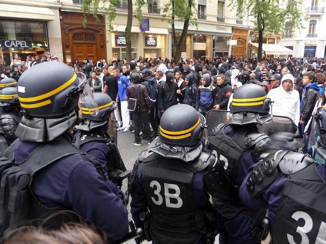 Prison avec sursis pour deux manifestants lyonnais