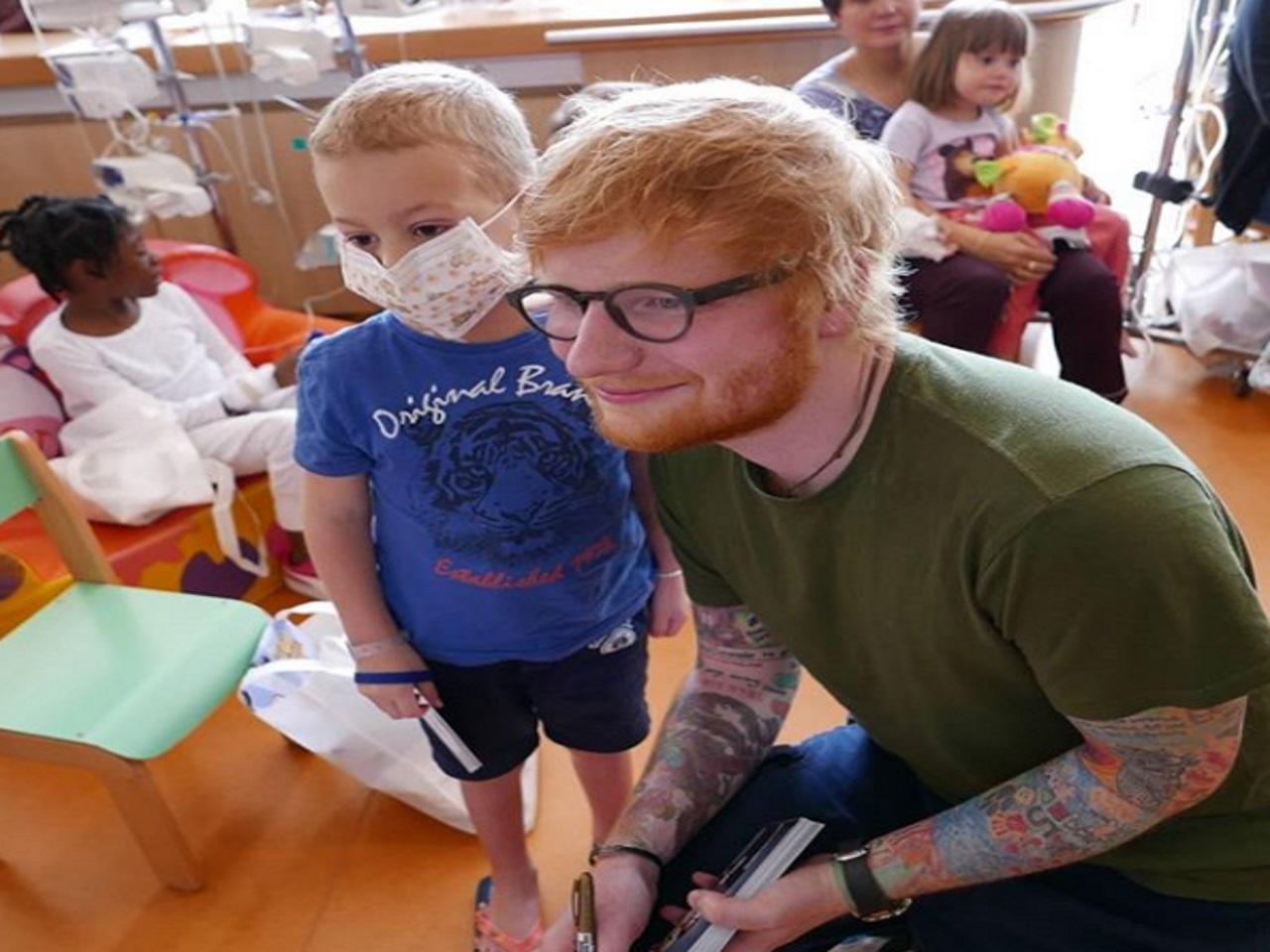 Ed Sheeran rend visite à des enfants atteints de cancer — Lyon