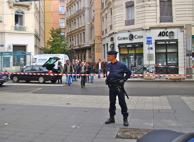 Braquage de la rue de la Ré' : un suspect avoue, l'enquête avance