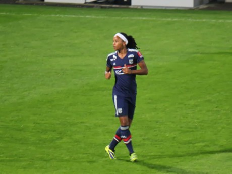 Absente en raison d'une blessure, Elodie Thomis retrouve l'équipe de France - LyonMag.com