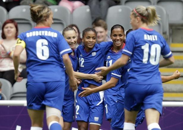 JO-Football : les filles de l'OL veulent à tout prix le bronze à Londres