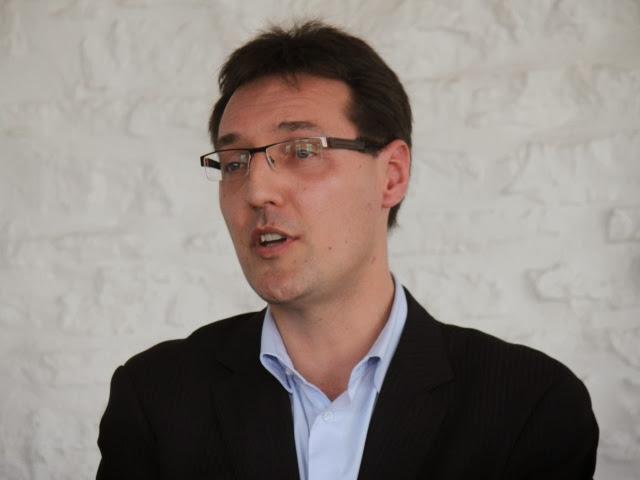 Municipales à Lyon : Eric Lafond tacle Collomb et Havard sur leurs meetings coûteux