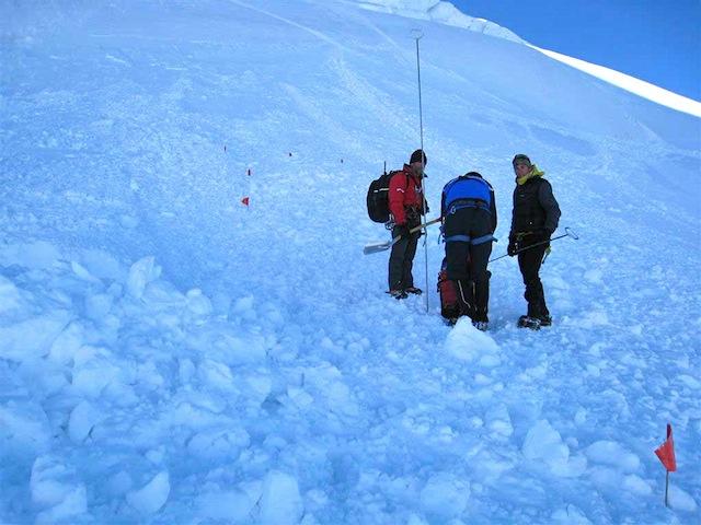 Un snowboardeur trouve la mort en Haute-Savoie