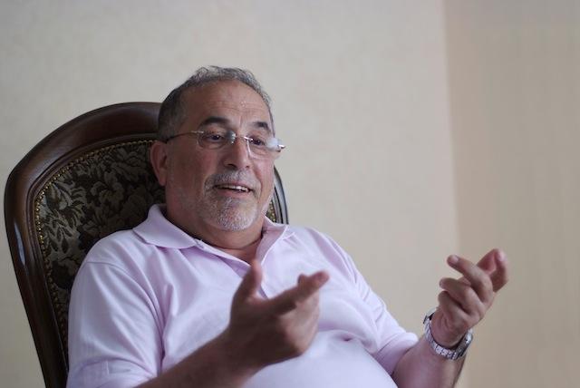 Kamel Kabtane dénonce « attéré par la violence inouïe » de Kadhafi