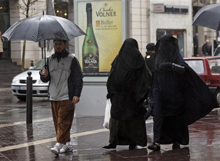 La burqa au conseil des ministres