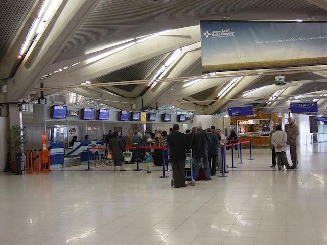 Des vols annulés à Saint-Exupéry