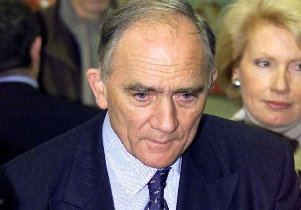 Charles Millon devra bien rembourser le Conseil régional