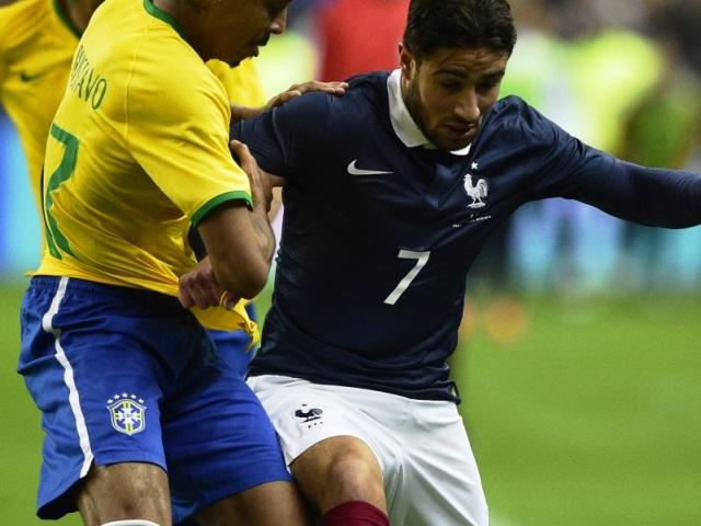 Une première en Equipe de France sous les sifflets pour Nabil Fekir