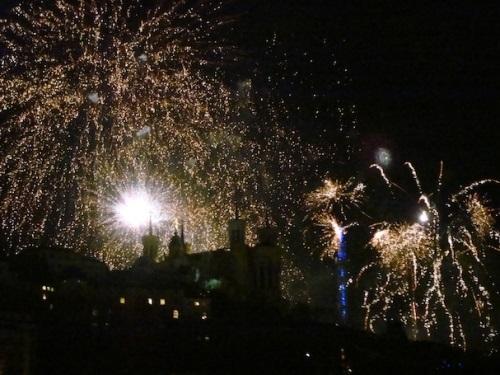 Lyon : un feu d'artifice du 14 juillet autour de l'amour