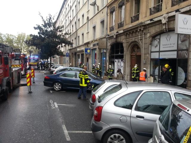 """Lyon : les pompiers interviennent pour un feu au spa """"Sensation de Soi"""""""