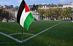 Lyon : la place Bellecour  transformée en terrain de foot contre une compétition en Israël