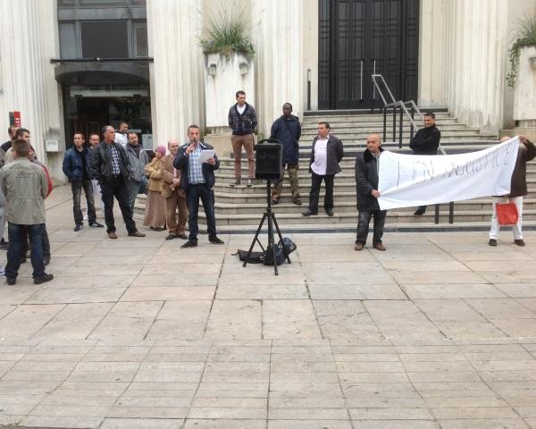 Villeurbanne : Les forains de Grandclément ont manifesté devant l'Hôtel de Ville