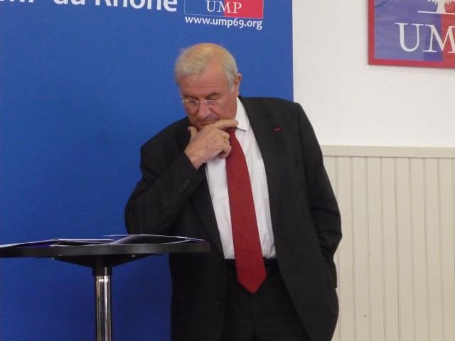 Le maire de Meyzieu Michel Forissier hospitalisé