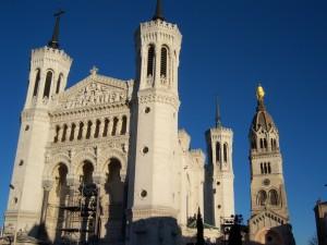 Le mardi à Fourvière, la prière est consacrée au mariage entre un homme et une femme