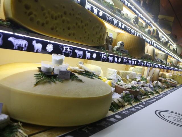 Pourquoi le fromage en dégoûte certains ? Un mystère résolu par des chercheurs lyonnais