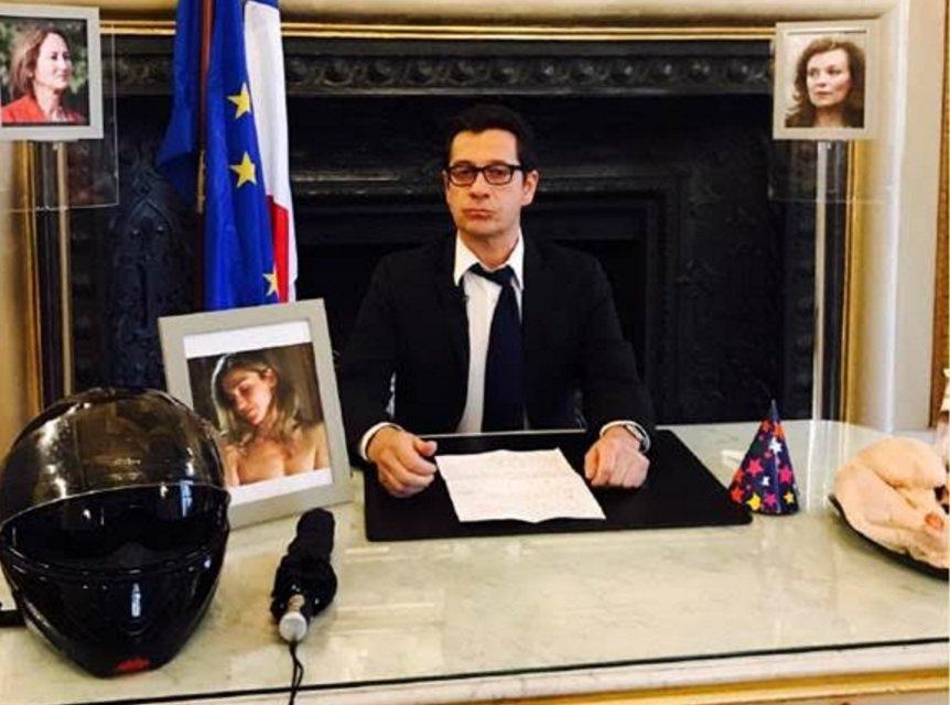 Laurent Gerra, dans son personnage de François Hollande - DR