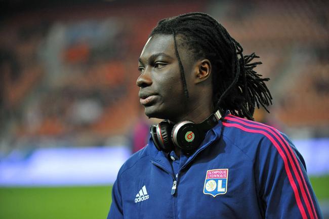 L'OL et Fulham en négociations pour Gomis
