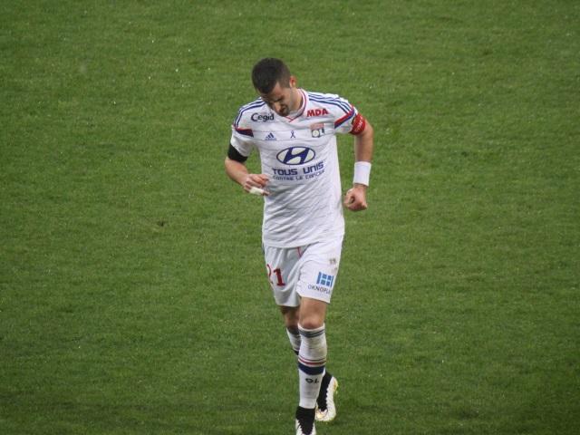 Football : Maxime Gonalons forfait pour les deux matches amicaux des Bleus