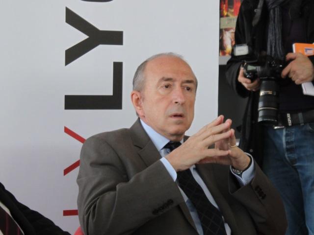 200 millions d'investissements en moins dans le Grand Lyon, selon Collomb