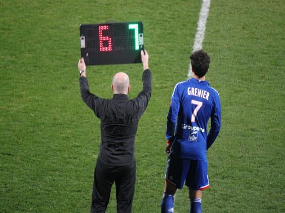 Equipe de France : Grenier appelé, Gomis au placard