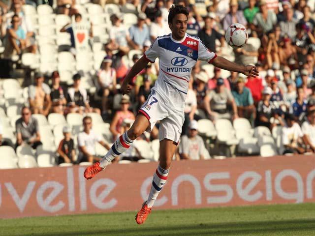 L'OL, toujours troisième, maintient le suspense après le match nul face à Nice (1-1) - VIDEO