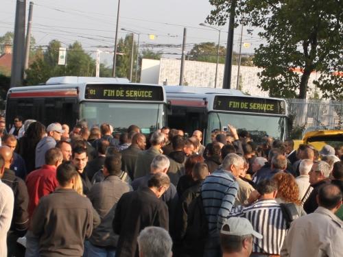 Lyon : le personnel des TCL sera en grève jusqu'à début janvier 2013 !