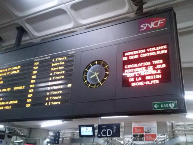 Agression de deux contrôleurs : le trafic SNCF encore perturbé ce dimanche en Rhône-Alpes