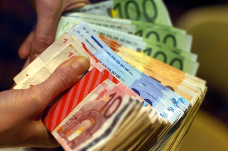 Une jeune femme de 21 ans détourne plus de 7.000 euros