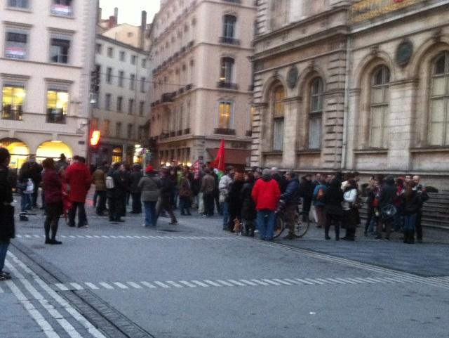 Une soixantaine de personnes réunies à Lyon pour Hugo Chavez