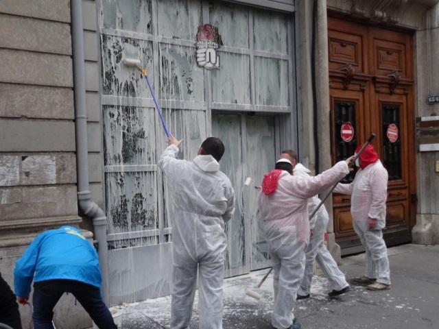 Les buralistes en colère s'en prennent à la fédération PS du Rhône à Lyon
