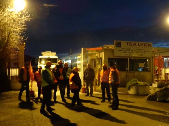 Rhône : les routiers en colère ont repris les blocages ce mercredi